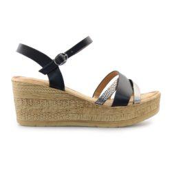 Προσφορά από το Inshoes σε InShoes  - Γυναικείες πλατφόρμες με μεταλλιζέ λεπτομέρειες Μαύρο - DealFinder.gr