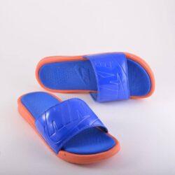 Προσφορά από το Cosmossport σε Nike  - Nike Benassi | Γυναικείες Παντόφλες (9000008156_33320) - DealFinder.gr