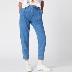 Προσφορά από το Cosmossport σε Wrangler  - Wrangler Women'S Mom Chino Jeans (9000049800_18458) - DealFinder.gr
