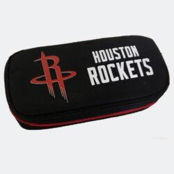 Προσφορά από το Cosmossport σε NBA  - NBA Houston Rockets Κασετίνα Βαρελάκι Οβάλ 9 x 21 x 6 cm (9000062159_48582) - DealFinder.gr
