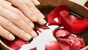Προσφορά Deal από το Bodydeals - Spa Manicure+Spa Pedicure Γλυφάδα - 15€ από 30€ (Έκπτωση 50%) στην Ανω Γλυφάδα για ένα Spa Manicure και ένα Spa Pedicure επιλογής από απλό ή γαλλικό, για το «Lorandou Nails Exclusive»!!! - DealFinder.gr