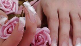 Προσφορά Deal από το Bodydeals - Τεχνητά Νύχια+Αφαίρεση Γλυφάδα - 28€ από 60€ (Έκπτωση 53%) στην Άνω Γλυφάδα για Tοποθέτηση Τεχνητών Νυχιών με τζελ και ακρυλικό σε χρωματιστό ή γαλλικό και Δώρο Strass + Σχέδια + η Αφαίρεση των τεχνητών νυχιών + Spa Manicure, από το «Lorandou Nails Exclusive»!!! - DealFinder.gr