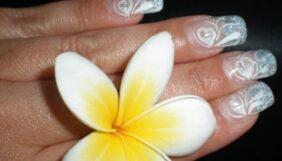 Προσφορά Deal από το Bodydeals - Spa Manicure Μόνιμη Βαφή Γλυφάδα - 9€ από 40€ (Έκπτωση 78%) στην Άνω Γλυφάδα για ένα Spa Manicure με Μόνιμη Βαφή Gel Fix Orly ή ένα Spa Pendicure με Μόνιμη Βαφή Gel Fix Orly διάρκειας 3 εβδομάδων με επιλογή από γαλλικό ή χρώμα! Δωρεάν η Αφαίρεση, τα Σχέδια και τα Strass, από το «Lorandou Nails Exclusive»!!! - DealFinder.gr